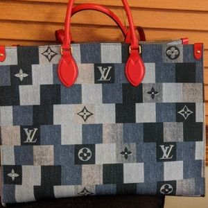 Louis Vuitton Collector's Edition On The Go Tote